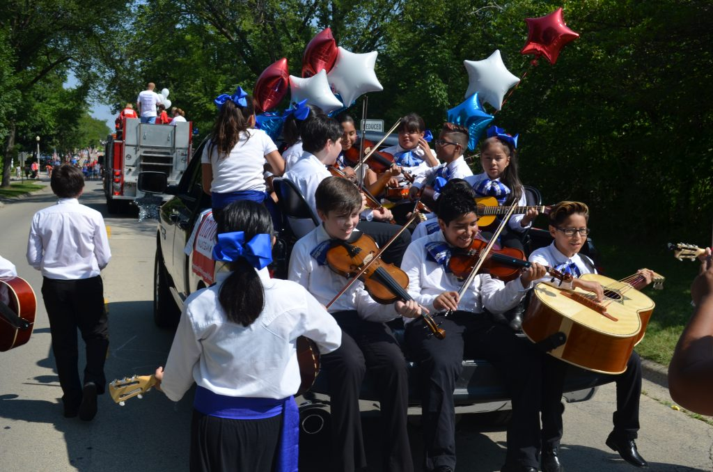 mariachi band instruments