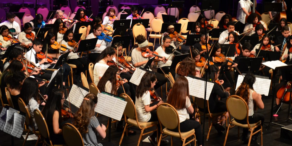 Waukegan Middle School Music Festival Takes Place April 10 – 11 Featured Image
