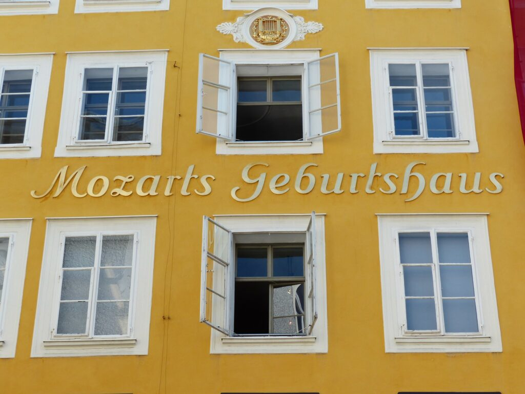 mozart's-home