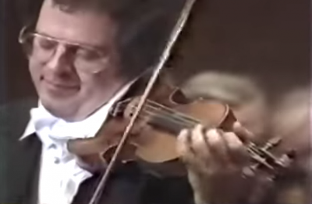 Itzhak Perman plays Mendelssohn